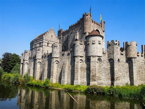 most beautiful castles 21 of the most beautiful castles from around the world