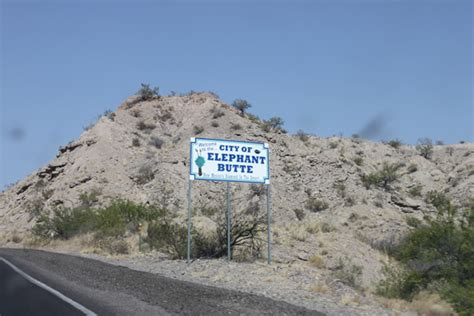 elephant_butte_sign - The Cemetery Detective™