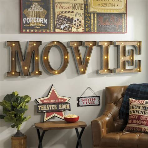 movie theater decor for the home best 25 theater room decor ideas on pinterest media