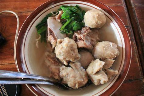 wisata kuliner  bakso idolaku taman siswa wisata kuliner