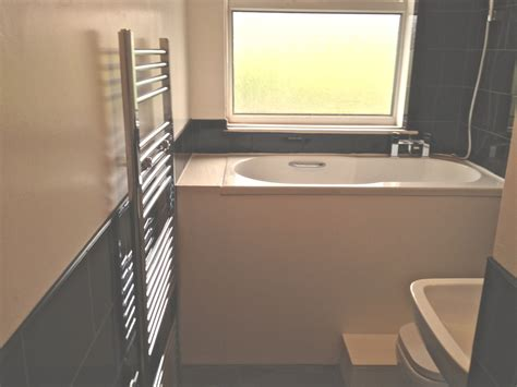 Plunge Bathtub by Hilliers 96 Feedback Kitchen Fitter Bathroom Fitter