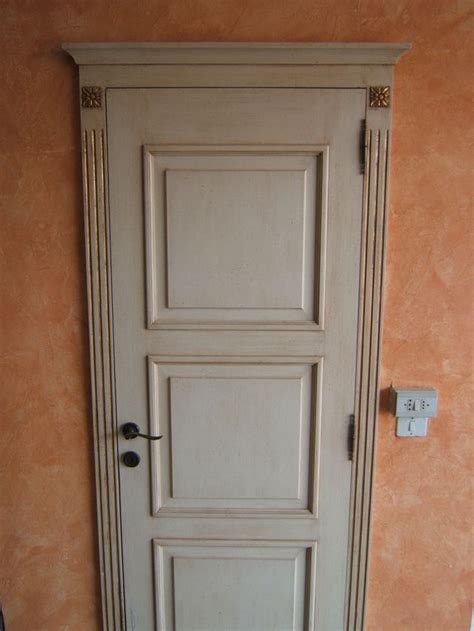 cornici anticate cornici in gesso per porte interne ispirazione design casa