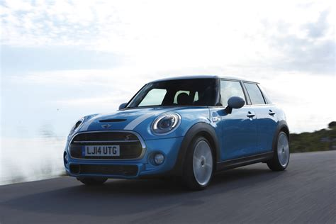 2015 Mini Cooper Hardtop 4 Door by Image 2015 Mini Cooper Hardtop 4 Door Size 1000 X 667