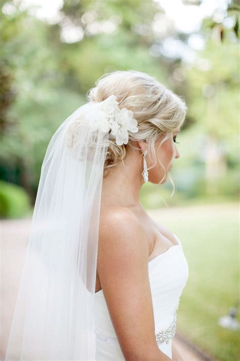 Wedding Hairstyles Veil by Best 25 Wedding Hairstyles Veil Ideas On