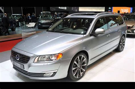 old cars and repair manuals free 2000 volvo v40 auto manual 25 best ideas about volvo v70 on volvo volvo 850 and volvo wagon