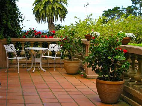 tips membuat ventilasi rumah cara membuat taman rumah sederhana di teras dan balkon
