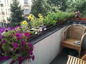 Balcony Flowers file berlin balcony with flowers jpeg wikimedia commons