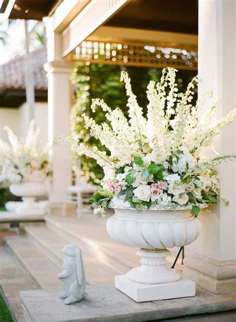 Ceremony Décor Photos   Elegant White and Pink Flowers in