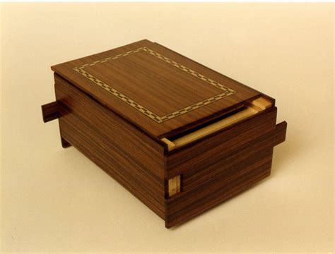 woodworking puzzle box bolivian rosewood puzzle box finewoodworking
