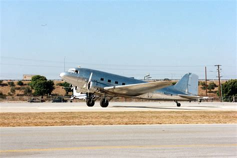 Sale Custom Army Ih 2141 2144 douglas dc 3 specifications and photos