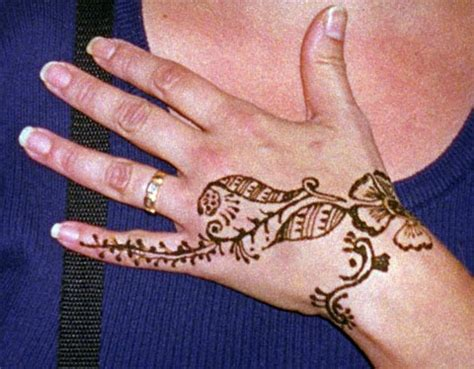 henna tattoo designs hip universal henna tattoos