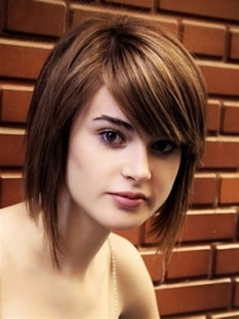 hair length to elongate the face 20 medium hairstyles for round faces tips magment