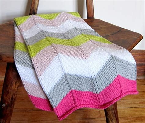 how to knit a zig zag blanket zig zag knitted blanket pattern