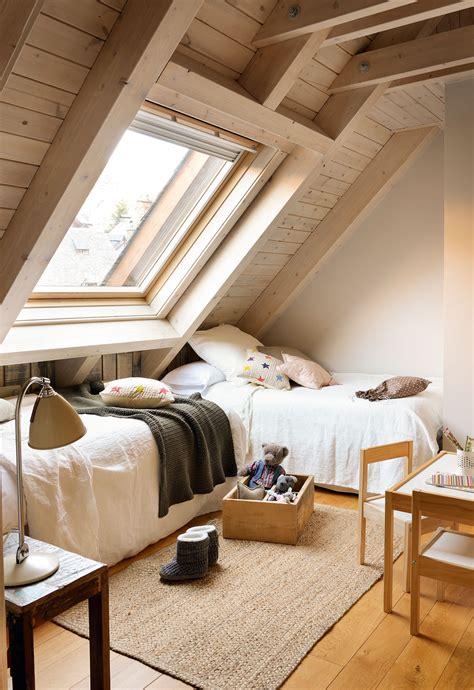 decorar dormitorio en buhardilla habitaciones infantiles c 243 mo cambian con el tiempo