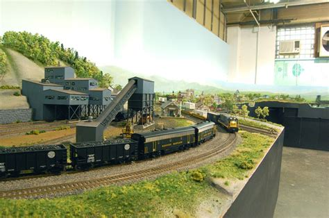 Small Houses Projects custom model railroads ho scale layout