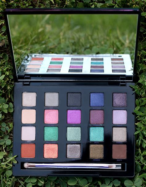 2 Die 4 Complete Makeup Palette by Decay Vice 4 Eyeshadow Palette And Swatches Keiko