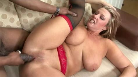 Horny Milf With Tattoo Having Interracial Sex Mature Porn