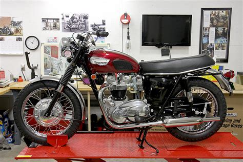 our 1968 triumph t120r bonneville restoration don hutchinson cycle