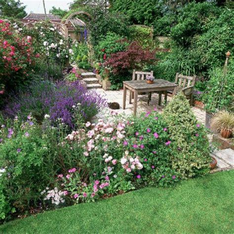 terrassengestaltung mit pflanzen gem 252 tliche terrassengestaltung w 228 hlen sie den richtigen stil