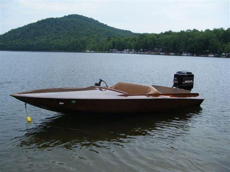1981 glen l 17ft wood outboard speed boat 150 mercury - Outboard Speed Boats