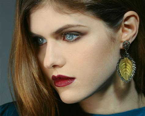 alexandra orlow our famous girl alexandra daddario archives geekshizzle