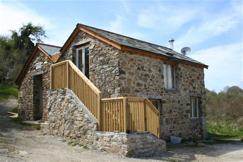 houses for auction 2 bedroom detached house for sale in golberdon callington cornwall pl17 pl17