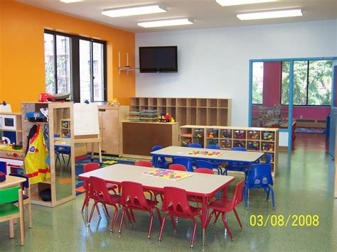 in house daycare pictures for mushroom house day care in astoria ny 11105 preschools