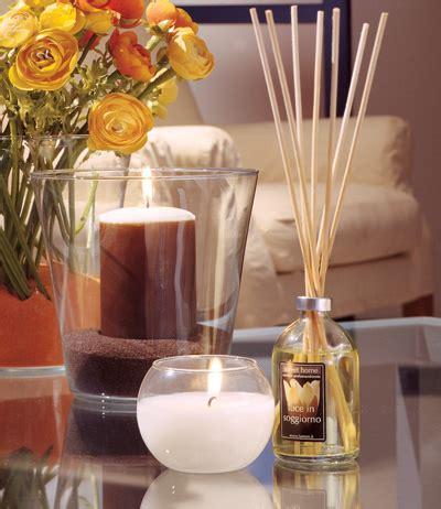 candele in casa candele profumate come rendere calda e accogliente la tua