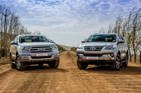 comparative review ford everest   xlt  toyota fortuner  gd    carscoza