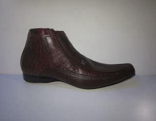 Sepatu Pria Adidas Canadia Tr5 luis vilton high sepatu nike adidas vans converse