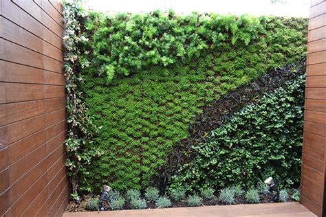imagenes muros verdes muro verde en pedralbes barcelona