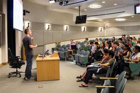 Computer Science Mba Stanford by Stanford S Summer Introductory Cs Classes Now Require