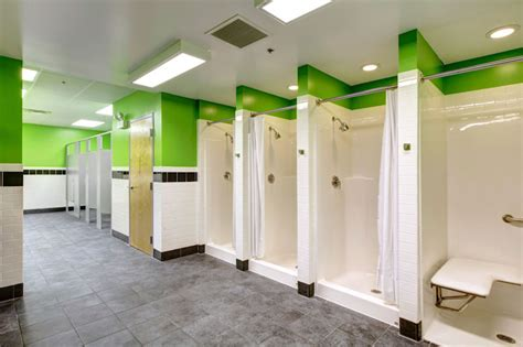 zip fitness locker rooms chicagoland fitness center