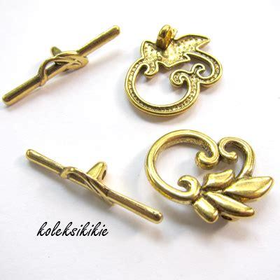 Kait Gantungan Kunci Push Gold kait 1 0 gold ukir bunga koleksikikie