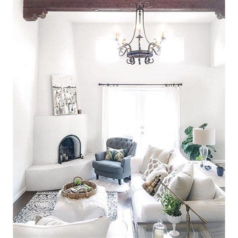 Livingroom Cabinet Dunn Edwards Paints Paint Color Crystal Haze De6219