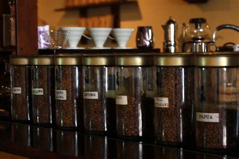 membuat usaha kedai kopi 8 tips memulai usaha warung kopi dan cara membuat kopi sendiri