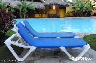 Lounge Chair Pool Design Ideas Pleasing White Modern Pool Chair Design With Blue
