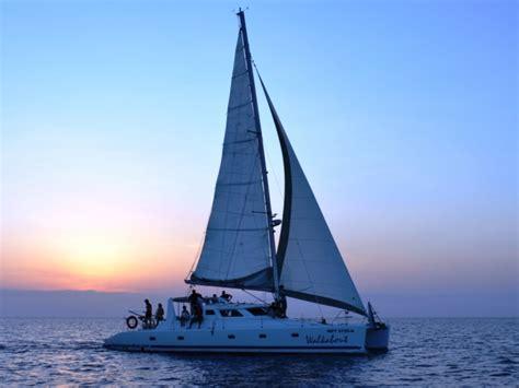 cruises zanzibar the nungwi bay luxury catamaran sunset cruise zanzibar