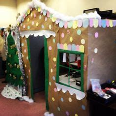 giner bread cubicle christmas decorations 1000 images about gingerbread cubicle on cubicles cubicle decorations