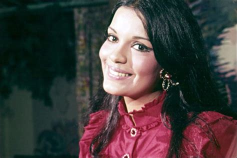 biography of zeenat aman zeenat aman marriage the troubled love life of bollywood