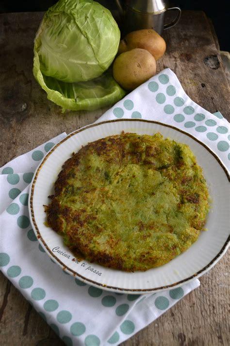 cucinare verza in padella tortino di patate e verza in padella facilissimo da