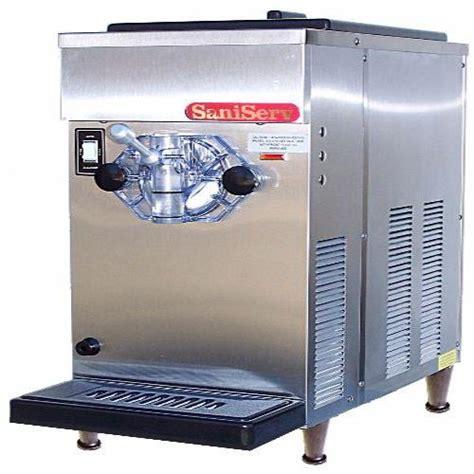 Countertop Machine by Saniserv 707 Countertop 8 Gal Hr 20 Qt Frozen Beverage
