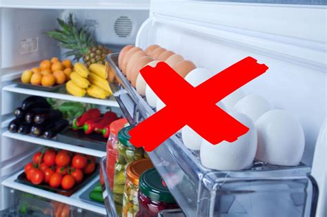 don t put your eggs in the fridge door experts say they