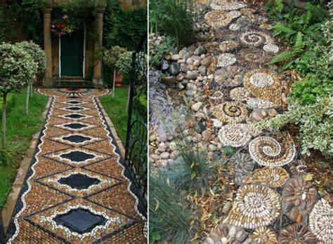 Mosaik Fliesen Muster Ideen by Effektvolle Gartenwege Aus Kieselsteinen Als Akzent