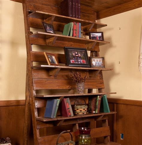 pallet bookcase  perfect place   reading material