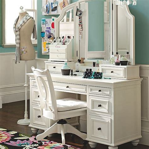 functional chelsea vanity with mirror