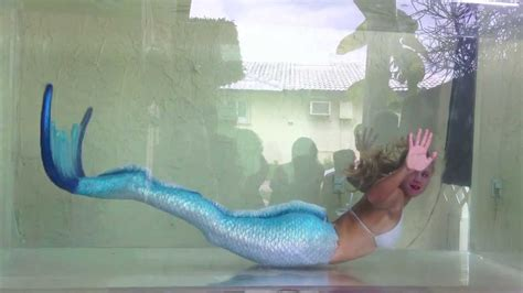 a fish in the bathtub movie real mermaid melissa live traveling mermaid tanks