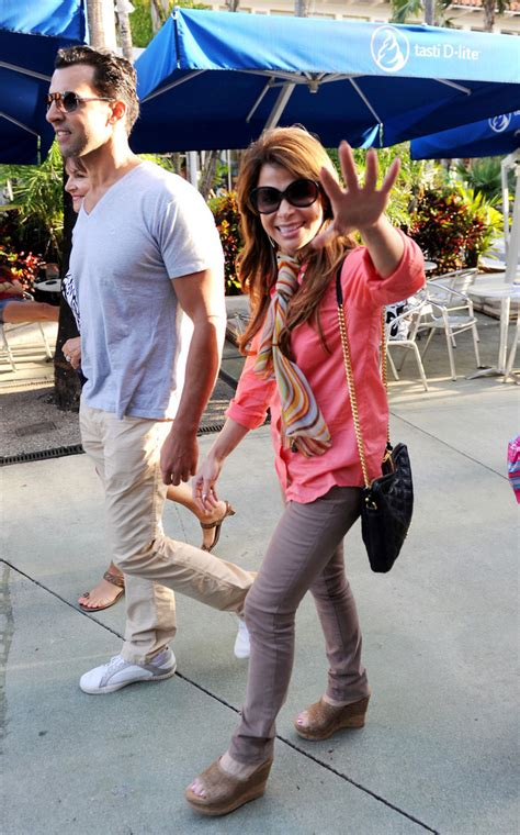 Paula Abdul Still Has A Boyfriend by Paula Abdul Pictures Paula Abdul And Jon Caprio Stroll