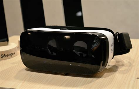 Samsung Gear Vr Original Garansi Sein look at samsung s consumer gear vr headset road to vr