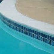 piastrelle bordo piscina piastrelle per gradini pavimenti esterno tipi di